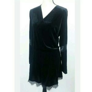 Moda Black Velvet Lace Trim Romper Long Sleeve